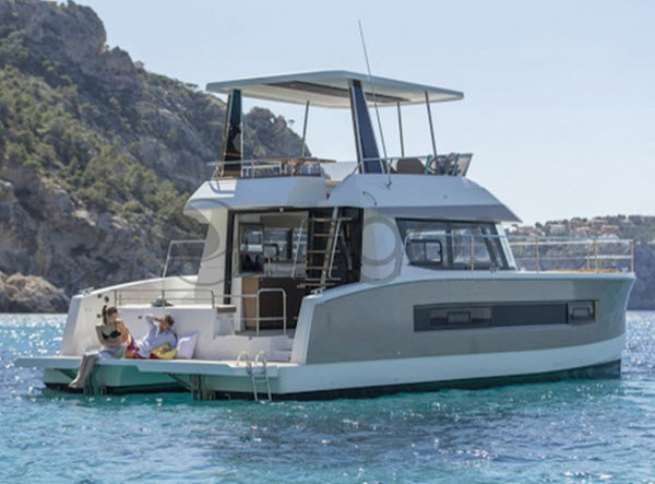 Pre-Christmas Sail - Fountaine Pajot MY37