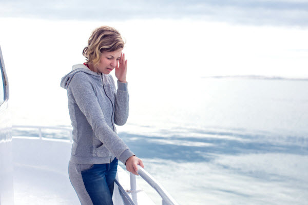 10 Tips to ditch seasickness on a boat